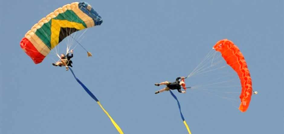 Flying Streamers